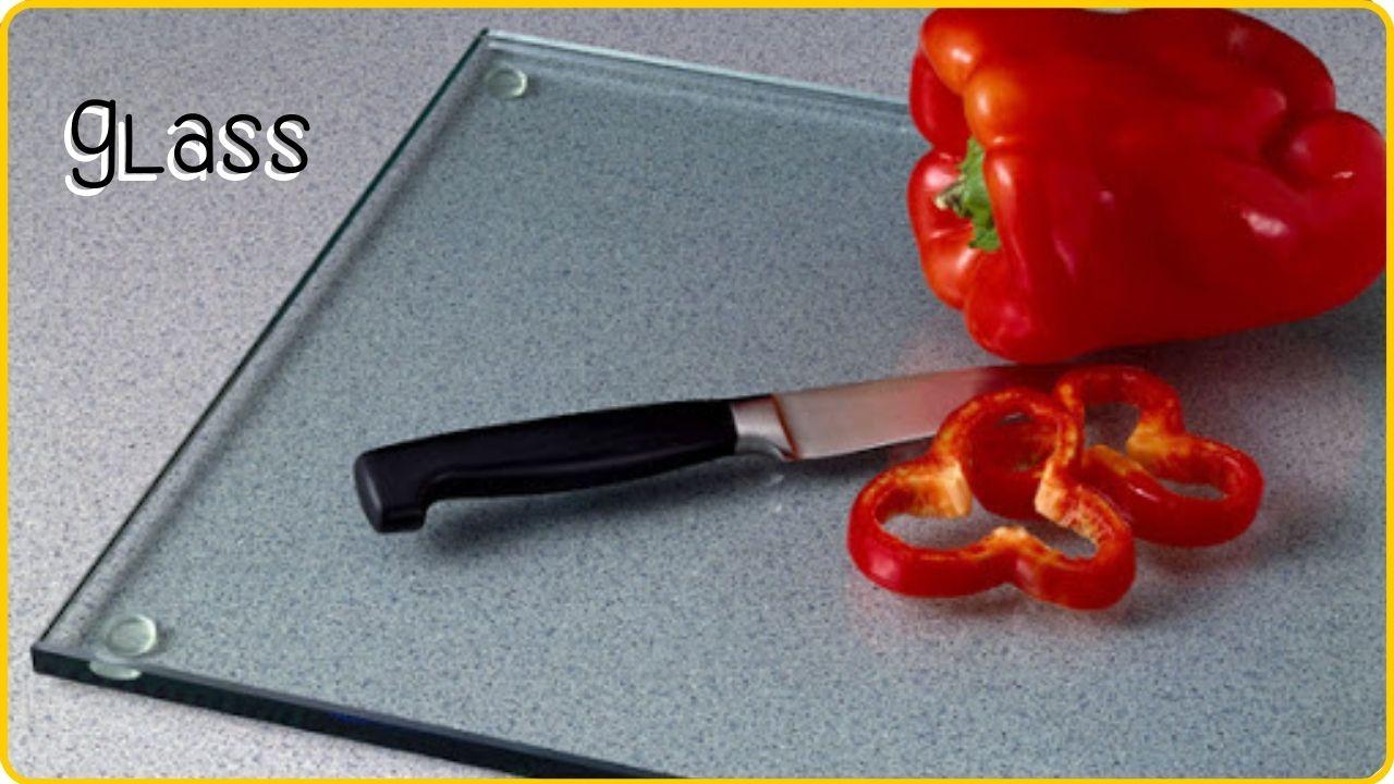 glass cutting board vs wood cutting board